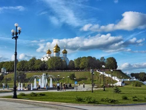 105411776_large_4622790_Yaroslavl_1_